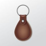 Keychain rond en cuir vide avec l'anneau pour la clé Photographie stock libre de droits