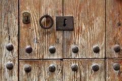 Keyhole в деревянной двери Стоковые Фото