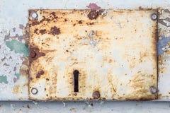 Keyhole na starym metalu drzwi obrazy royalty free