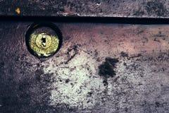 Keyhole przy Stalowym drzwi fotografia royalty free