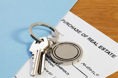 Keys and Contract Royalty Free Stock Photography