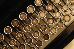 keys den gammala skrivmaskinen Arkivbilder