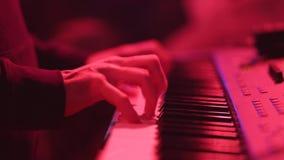 keys pianot Musicant lek pianot lager videofilmer