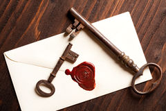 Keys and Valentine letter Stock Photography