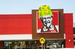 KFC Australia ha eseguito alcune campagne fantastiche del cricket per l'esercito di HCG Buckethead sulla sua icona di KFC a Unand immagini stock