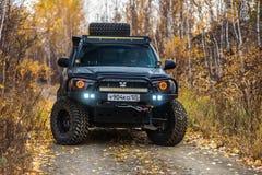 KHABAROVSK, ΡΩΣΙΑ - 7 Οκτωβρίου 2018: Γρήγορος γύρος της Toyota Τακόμα σε έναν πλαϊνό στοκ φωτογραφίες
