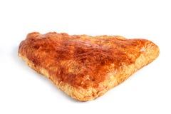 Khachapuri georgiano - flatbread con el queso aislado en los vagos blancos imagenes de archivo