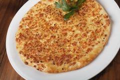 Khachapuri - tarte géorgien traditionnel Images stock