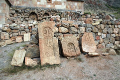 Khachkar en el monasterio armenio del siglo XIII de Noravank Imágenes de archivo libres de regalías