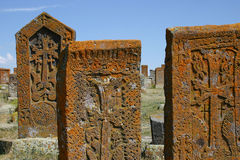Khachkars (pietre trasversali arminiane) in Noratous Fotografie Stock Libere da Diritti