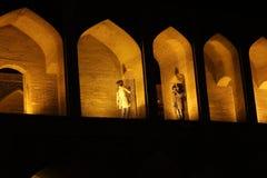 Khaju桥梁在夜 免版税库存照片