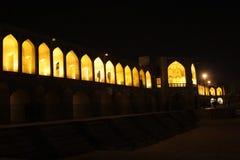 Khaju桥梁在夜 库存照片