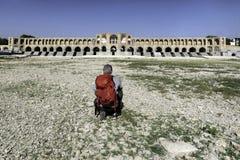 Khaju bro, arguably den mest fina bron i landskapet av Isfahan, Iran Arkivfoto
