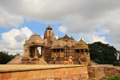 Khajuraho hinduiska och Jain tempel, Indien arkivfoto