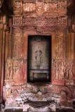 KHAJURAHO INDIEN - NOVEMBER 10, 2017: Helgedom i den Lakshmana templet i Khajuraho Royaltyfria Foton