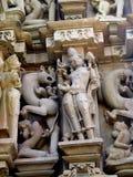 Khajuraho-Tempel-Gruppe Monumente in IndiaSandstone-Skulpturen in der Khajuraho-Tempel-Gruppe Monumenten in Indien Stockbild