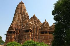Khajuraho tempel och deras erotiska skulpturer, Indien Arkivfoton