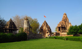 Khajuraho tempelgrupp av monument i Indien Arkivbilder