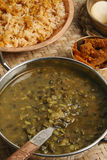 Khalo dal - подготовка чечевицы от Индии Стоковые Фото