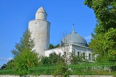 Khan& x27; 有16世纪尖塔的s清真寺在卡西莫夫市,俄罗斯 库存照片