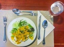 Khanom下巴面条,由米被做的普遍的泰国食物 免版税库存照片