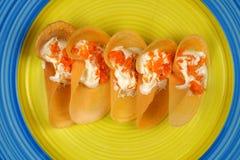 Khanom Beaung thaïlandais ou une sorte de la nourriture thaïlandaise remplie de crêpe ou thaïlandais Images libres de droits
