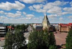 "KHANTY-MANSIYSK, RUSLAND € ""30 JUNI, 2014: algemene mening van stad Royalty-vrije Stock Foto"