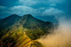 Khao Chang Phueak jest górą w z paska Pha Phum parkiem narodowym w Kanchanaburi, Tajlandia Ja jest miejscem relaksować i obozować obraz stock