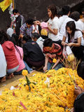 Khao Khitchakut park narodowy, Wiele ludzie pokazuje ich wiarę w b Zdjęcia Stock