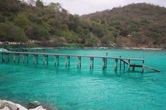 Khao Laem Ya - la MU Ko Samet è un parco nazionale marino tailandese nel golfo del Siam fuori dal Fotografie Stock Libere da Diritti