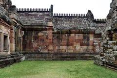 Khao Phanom ringde slotten, det ?ldsta st?llet i historia i Buriram, Thailand arkivfoton