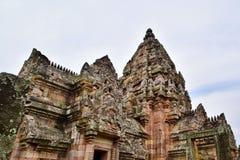Khao Phanom ringde slotten, det ?ldsta st?llet i historia i Buriram, Thailand royaltyfria bilder