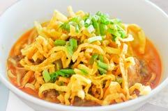 Khao Sawy,北泰国面条咖喱汤,面条, Khao大豆 图库摄影
