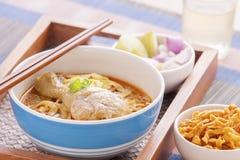 Khao soi curry'ego tajlandzki kluski. Obrazy Royalty Free