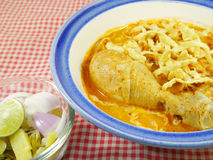 Khao soi thai mat fotografering för bildbyråer