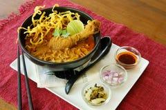 Khao Soi, thailändsk mat. Royaltyfri Bild