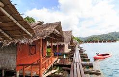 Khao Sok National Park, montagna e lago in Tailandia del sud immagine stock libera da diritti