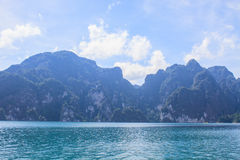 Khao sok park, mountain and lake Royalty Free Stock Photo