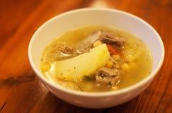 Kharcho georgiano de la sopa, cierre para arriba imagenes de archivo