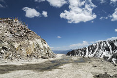 Khardung La pass road the highest motorable mountain pass Royalty Free Stock Photography