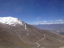 Khardungla passerande Den högsta vägen i världen Leh Ladakh, Indien Fotografering för Bildbyråer