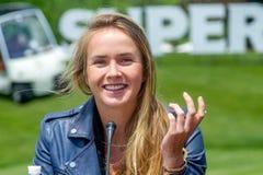 KHARKIV, DE OEKRAÏNE - JUNI 07: De Oekraïense tennisspeler Elina Svitolina gaf een persconferentie in Kharkiv op 7 Juni, 2016 royalty-vrije stock fotografie