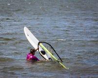 KHARKIV, 21 OEKRAÏNE-JULI: Windsurfing21, 2013 in Kharkiv, het UK Royalty-vrije Stock Foto