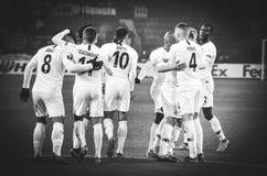 KHARKIV, UCR?NIA - 14 de fevereiro de 2019: O jogador do Eintracht Frankfurt comemora o objetivo marcado durante o f?sforo do UEF fotos de stock royalty free