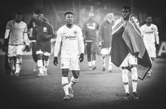 KHARKIV UKRAINA - Februari 14, 2019: Jonathan de Guzman och Danny da Costa under UEFA Europa Leaguematchen mellan Shakhtar arkivbilder