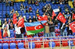 KHARKIV UKRAINA - September 02, 2017: Fans av landslaget Fotografering för Bildbyråer