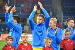 KHARKIV UKRAINA - September 02, 2017: Fotbollsspelare av Uen Royaltyfri Fotografi