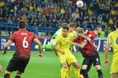 KHARKIV UKRAINA - September 02, 2017: Fotbollsspelare i handling Royaltyfri Bild