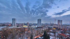 Kharkivstad van bovengenoemde dag aan nacht timelapse bij de winter ukraine stock footage