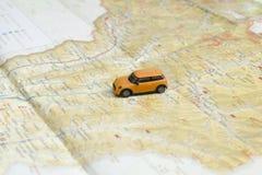 KHARKOV, UKRAINA 13 2018 KWIECIEŃ: Samochód na mapie samochodowej miasta pojęcia Dublin mapy mała podróż fotografia stock